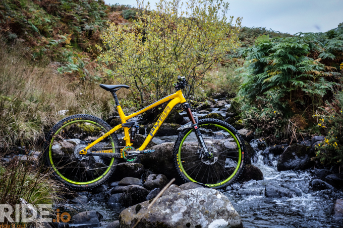 Spank Oozy Trail 295 Wheelset Review Ride It Out